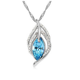 Romantic Simplicity Austria Crystal Necklace Across The Happiness Necklace Pendant Rhinestone Jewelry For Women Fashion Necklace 8223