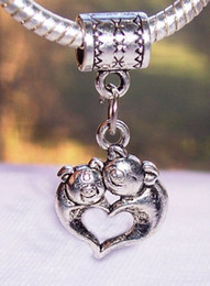 Wholesale Hot Sale Antique silver Mother Baby Pig Love Heart Hug Dangle Beads Fit European Charm Bracelet x14mm mm22