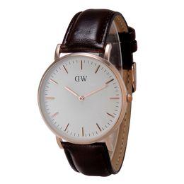 Top Brand 2016 Hot relojes de pulsera para mujer Waches D marca de cuero de cuarzo de moda W relojes de pulsera de mujer casual relojes mujer dz