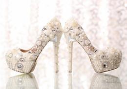 Perles de diamant hauts talons en Ligne-Nouvelles chaussures de mariée de mode imperméable chaussures à talons hauts de mariage, blanc perle de cristal grandes chaussures de mariage de diamants, demoiselles d'honneur chaussures HY00281