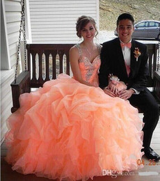 Coral Sweetheart Ball Gown Quinceanera dresses 2016 New Fashion Organza With Crystal Beads Dress Junior Sweet 16 Dresses Vestidos De 15 Anos