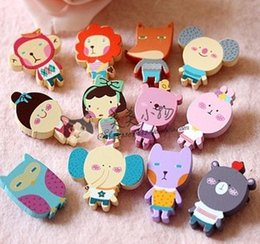 Wholesale 100pcs Cute New Lovely Cartoon Animals Designs Wooden Pin Brooch designs Clips Funny Corsage Children s Accessories A1790