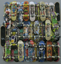 Wholesale Fingerboard Tech Decks throwbacks mm Skateboard Original boys toy by random
