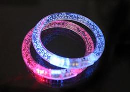 Acheter en ligne Discothèque clignotant conduit-100pcs LED bracelet allumer clignotant Bracelet brillant Bracelet en cristal clignotant Party Disco Cadeau de Noël DHL / FEDEX livraison gratuite