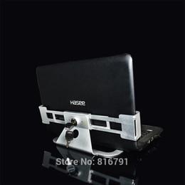 Wholesale laptop store security display lock with key lap top metal display stand dandys