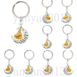 Wholesale 2015 New Fashion Personalized I love you to the moon and back Key Chain Jewelry Hand Stamped Birthday Father s Mother s Day Gift Keychain