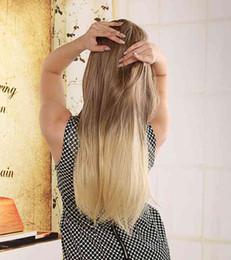 Les brunes en Ligne-70cm Perruque Ombre Blonde Longue Droite Femmes Pas Cher Perruque Synthétique Perruques Femmes Mode Naturelles Perruques Brown Pour Les Femmes Blanches