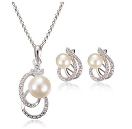 Fashion Pearl Necklace Earrrings Jewelry Set Silver Plated Alloy Crystal Pearl Jewelry For Women Best Jewelry CAL11043I