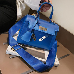 bfb82e98e67c Wholesale brand women handbags Hong Kong style gradually change color women  hand shoulder bag elegant lock Kelly bag leather fashion handbag