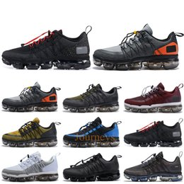 2019 Run Utility Men Running Shoes Anthracite Medium Olive Black Reflect Silver Designer Sneakers Sport Shoes Trainers 40-45