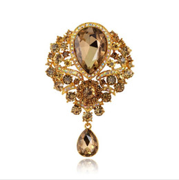 Fashion Bouquet Brooch Jewelry For Wedding Korean Cute Pink Blue Flower Crystal Rhinestone Bride Brooch Pins Women Brooch