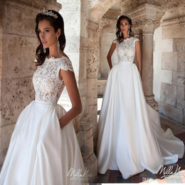 2019 New White A-line Wedding Dresses with Pockets Cheap Bateau Neck Capped Sleeves Lace Appliques Backless Satin Court Train Bridal Gowns