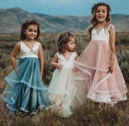 Custom Colors Flower Girls Dresses for Weddings V Neck Sleeveless Flowing Tulle Skirt Long Kids Formal Gowns High Quality