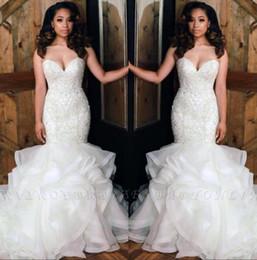 2019 New Strapless Organza Mermaid Wedding Dresses Beaded Stones Top Layered Ruffles Floor Length Bridal Wedding Gowns BC0586