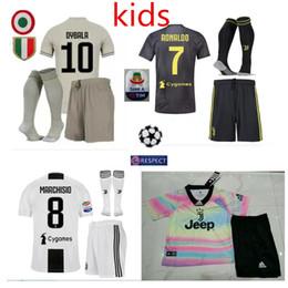 Top 2019 Juventus en casa Camiseta de fútbol 18 19 # 7 RONALDO DYBALA Camiseta de fútbol MARCHISIO MANDZUKIC PJANIC HIGUAIN uniforme de fútbol Ventas Niños