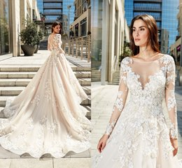 New Arrival Elegant Lace Wedding Dresses Sheer Scoop Neck Long Sleeves Illusion Button Back Plus Size Wedding Dress Bridal Gowns Vestidos