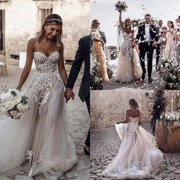 Beaded Floral Appliques A Line Beach Wedding Dresses 2019 Sweetheart Neck Zipper Up Back Bridal Dresses Sweep Train Boho Wedding Gown