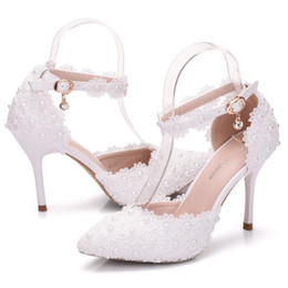 Women Platform Sandals Thin High Heels Waterproof Female White Lace Crystal Wedding Shoes Pointed Toe Lace Flower Pearls Pumps