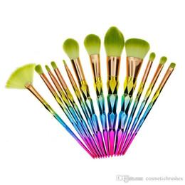Mybasy hot 12Pcs Makeup Brush Set Thread Rainbow Handle Cosmetics Blusher Powder Blending Smooth Diamond Brushes