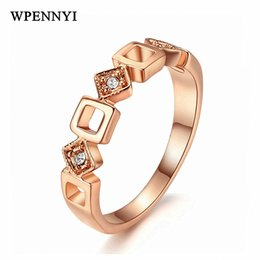 Sweet Small Square Hollow Style Women Finger Rings Rose Gold Color Geometric Element Rhinestone Studded Birthday Gifts Wholesale