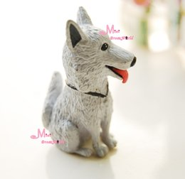 Wholesale-PET Cool light Grey Door Dog Cute 1 12 Dollhouse Miniature Animal PD75
