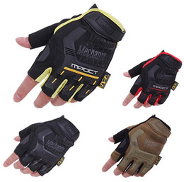 Wholesale Men Half Finger Wear M Pact Tactical Gloves Mechanix Airsoft Glove for Shooting Outdoor Motor Bicycle Mittens Black size M L XL