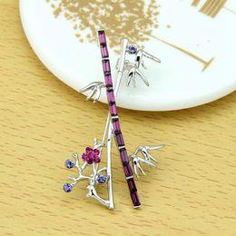 Wholesale Christmas gift Crystal Rhinestone Brooch Bamboo Shaped New Style Jewelry Silver Plated Wedding Jewlery