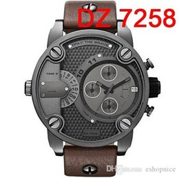 Wholesale Oversized Case Mutiple Dials Date Display Rubber Strap Quartz Watch DZ7258 Mens Watch Fashion Watch Sport Watches For Man