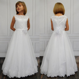 Gorgeous White Lace Sheer neck Holy First Communion Dresses for Girls Tulle and Satin Scoop Flower Girl Dresses for Weddings