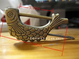 Wholesale Fish shape Vintage antique brass locks padlock lock jewelry wood box padlock copper flower suitcase padlock Jewellery boxes lock and key