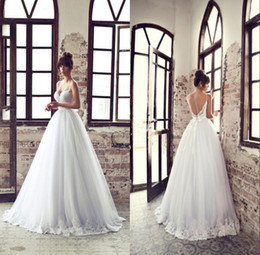 White Ivory Lace Wedding Dresses With Spaghetti Straps Sweetheart Open Back Bridal Gowns Floor Length Empire Waist Princess Dresses Gowns LA