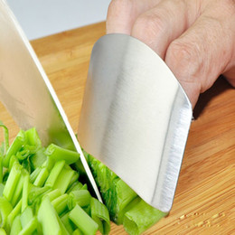 Wholesale 1Pcs Stainless Stainless Steel Finger Hand Protector Guard Personalized Design Chop Safe Slice Knife Kitchen Cooking Tools