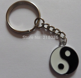 50pcs Vintage Silver Enamel Yin Yang Pendants Key Chains Ring For Keys Car DIY Bag Key Chain Handbag Gift Accessories P55