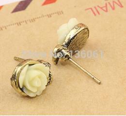 Fashion Trendy Rose Flower Asymmetrical Charm Statement Bronze Stud Earrings Accessories Jewelry For Women Girls Bijoux X666