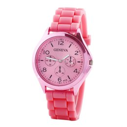 Wholesale Best Deal New Fashion Women Roman Numerals Silicone Jelly Gel Quartz Analog Wrist Watch Lady Dress Watches PC Gift