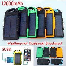 Противоударный водонепроницаемый 12000mAh Солнечное зарядное устройство 2 порта панели солнечных батарей резервного питания банка + фонарик для сотового телефона iphone 6 Samsung S6 от Поставщики панель солнечных батарей