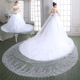 2019 New Collection Ball Gown Lace Wedding Dresses Bridal Gown With Luxury Real Sample Sweet-heart Full Beads Crystal Top Cathedral Train