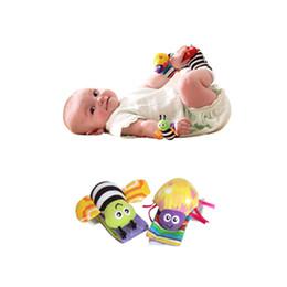 Acheter en ligne Chaussettes lamaze hochet-nouveau bébé jouet bébé poignet hochet hochet et Lamaze Ramaze chaussettes en peluche hochet multifonction Toy Baby Puzzle