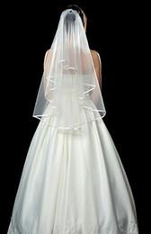 2019 Ivory White Wedding Veils Short Bridal Wedding Accessories Veil Wedding Veils One Tier Fingertips Veil with Ribbon Edge