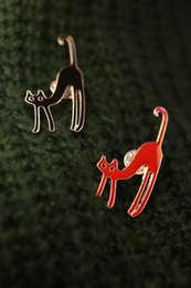 Fashion Candy Red Black White Enamel Lovely Cat Brooches Vintage Brooch Stud Accessories For Women Wholesale 12 Pcs