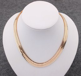 Wholesale-48CM 2 colors 18K Gold Filled chain Necklace Herringbone Snake Chain Mens Chain Womens Necklace Wholesale Jewelry Gift N718
