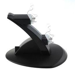 Compra Online Xbox dual-Cargador de carga de doble USB cargador de muelle base de estación de base de muelle para Sony Playstation 4 PS4 Game Gaming controlador de cargador