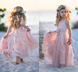 Wholesale Pink Ball Gown Flower Girl Dresses Spaghetti Ruffles Handmade Flowers Lace Tutu Vintage Little Baby Gowns for Communion Boho Wedding