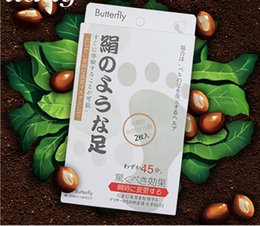Wholesale New Japan Butterfly Baby Foot Renewal Mask Remove Dead Skin Peeling Cuticle xfoliating Foot Butterfly baby foot peeling Foot Mask Hands Mask