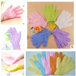 Wholesale DHL Exfoliating Bath Glove Five fingers Bath Gloves bathroom accessories nylon bath gloves Bathing supplies bath products m0531