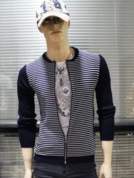 2016 noir cardigan tricoté FG1509 Casual Cardigan Stripes Sweater Jacket Men 2015 Printemps Ailes Mode Imprimé Noir tricotée à manches longues Pull Plus Size M-XXXL budget noir cardigan tricoté