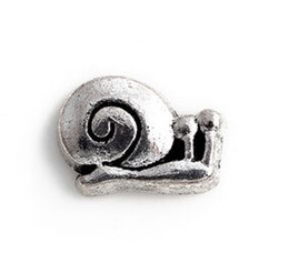 Wholesale 20PCS lot Vintage Silver Color Animal Snail DIY Alloy Floating Locket Charms Fit For Glass Living Magnetic Locket Pendant
