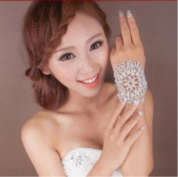 Wholesale Hot sale Bridal Bracelet clear crystal hand cuff multi fuction rhinestone bridal Armlets wedding accessories XI10 accessories vogue