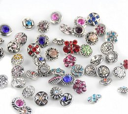 Wholesale 15 off hot sale many styles Rhinestone Snaps buttons for mm snap button jewelry fit leather charm bracelets