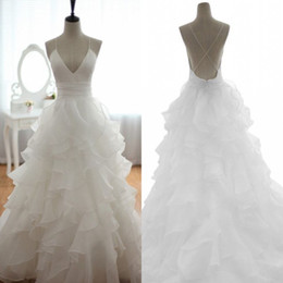 Real Wedding Dresses Spaghetti Ruffles A line Backless Chapel Ruched Hot Bridal Dress Sleeveless Spring Garden Outdoor Wedding Gowns